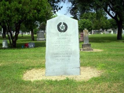 gravestone_navarro